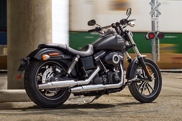 Harley Davidson Street Bob Lenker Umbau